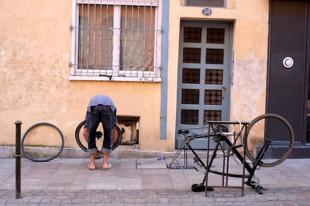 Malgosia Magrys. Street photography TOULOUSE_BIKES b / Documentary photography